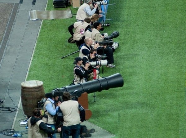 Funny-Big-Cannon-Camera