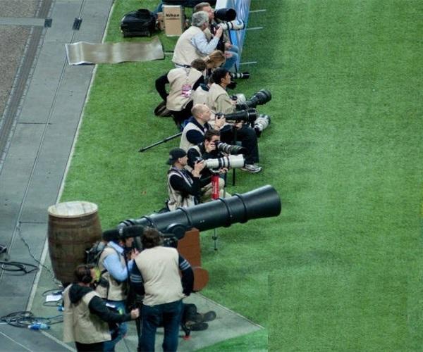 Funny-Big-Cannon-Camera